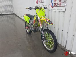 Motorrad Suzuki 450 CC 2016