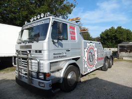 tow-recovery truck Scania 112 takelwagen 6x2 1986