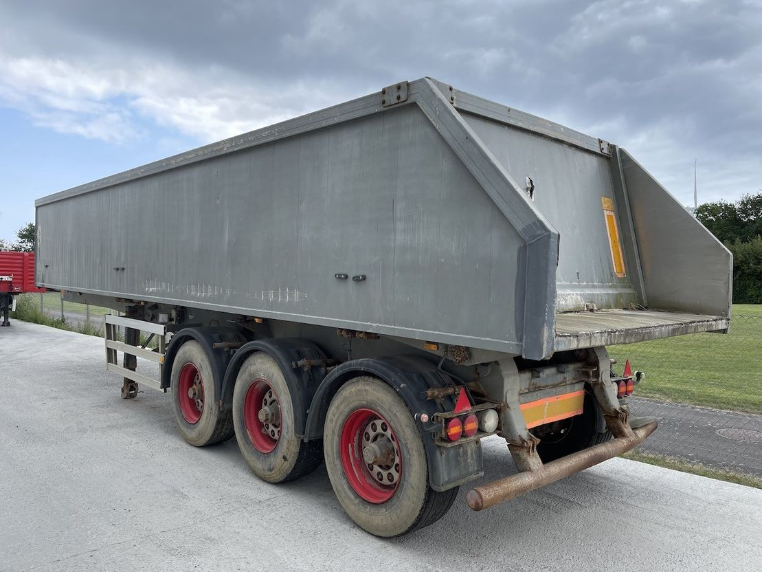 tipper semi trailer AMT Alu+plastbund 2004