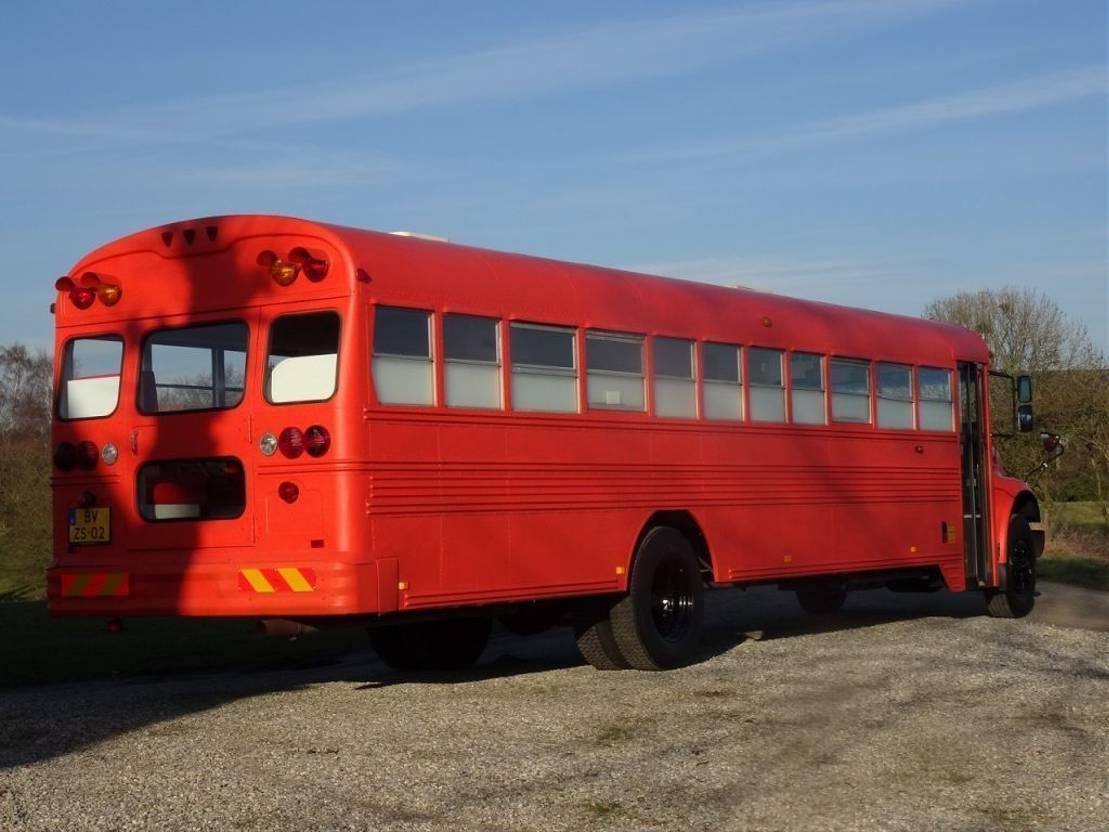 other buses International BLUE BIRD - SCHOOLBUS - FOODTRUCK 1995