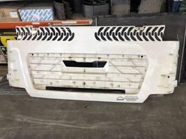 pieza de camión cabina MAN TGS euro 5 Grille