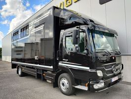 Pferdetransporter-LKW Mercedes-Benz ATEGO 1018 L 2011