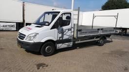 Transporter Pritschenwagen Mercedes-Benz