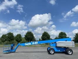 telescopic boom lift wheeled Genie S-85 / 4X4 / 28 M / TOP CONDITION 2011