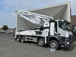 concrete pump truck Mercedes-Benz 4140 8x4 -Euro 3 - S43SX III Schwing Concrete Pump - NEW