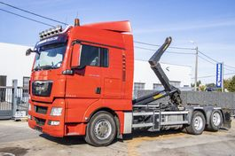 container truck MAN 28.480 XLX BL 6x2-2 + PALIFT 20 TON 2011