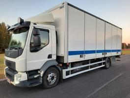 box truck Volvo FL 250 4x2 5600 2015