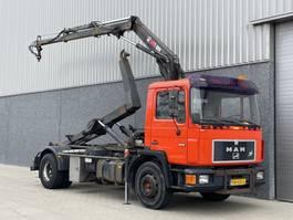 Container-LKW MAN 18.192 / 4x2 / Full steel / Hiab kraan / Haak / NL Truck 1991