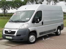 closed lcv Peugeot 330 3.0 ltr 180pk ac! 2013