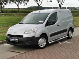 closed lcv Peugeot 1.6 HDI 2012