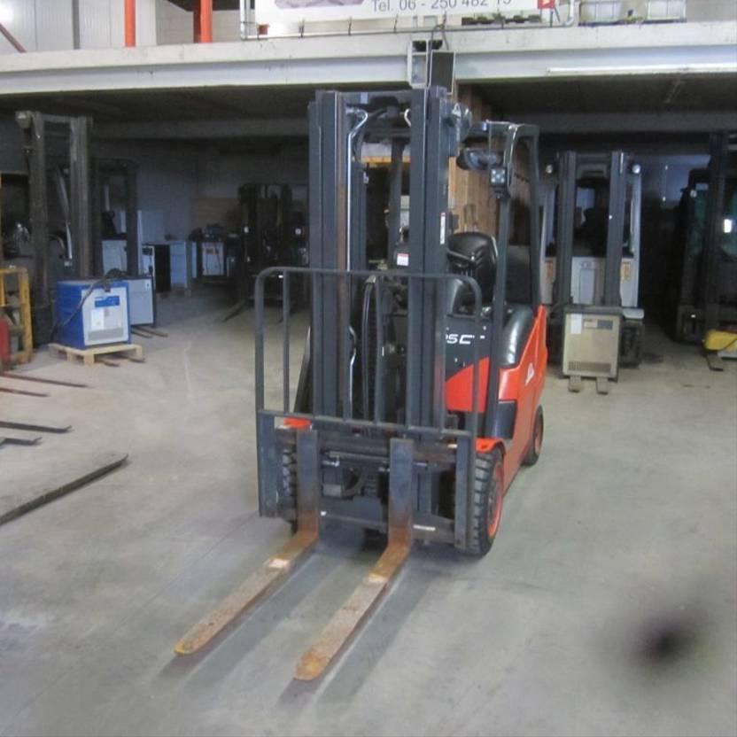 Gabelstapler Linde H25 CT Heftruck Linde H25CT, LPG triplomast, side shift. (2013) 2013