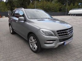 all-terrain vehicle Mercedes-Benz ML 350 CDI 2013