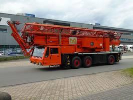 mobile tower crane Spierings SK 377 AT3 2003