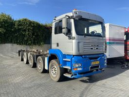 chassis cab truck MAN 37.400 10 X 4 2008