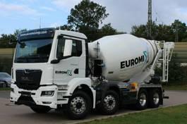 Betonmischer-LKW MAN 32.430 8x4 / Euromix MTP EM 9 L TG 3