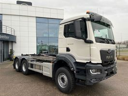 container truck MAN New Generation 33.470 6x4 BL-NN containerhaak wb 3900 HYVA 2021