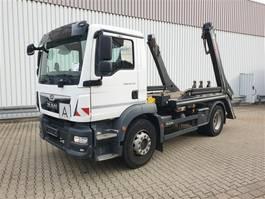 container truck MAN TGM 18 4x2 BB TGM 18.290 4x2 BB, Hiab Tele-Absetzanlage, Funk 2017