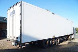 closed box semi trailer Schmitz Cargobull 3-assige oplegger 2000