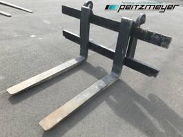 other construction machine Komatsu Palettengabel f. Radlader ca. 7,5 t. Volvo, Liebherr, Hitachi, CAT, Hyun... 2019