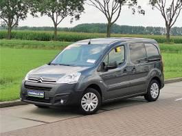 closed lcv Citroën 1.6 bluehdi business, au 2016