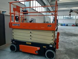 scissor lift wheeld JLG R3246 2021