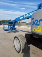 articulated boom lift wheeled Genie 2021