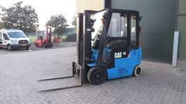 forklift Caterpillar heftruck elektrische met 3 deligemast en sidesift zeer goed 2011