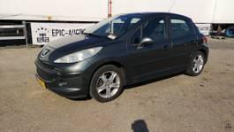 hatchback car Peugeot XT