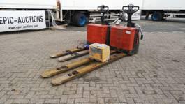 pallet truck BT LPE200/8 2006