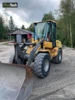 wheel loader Volvo 30 B-Z 2000