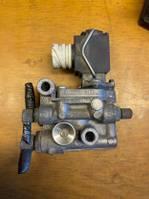 Electronics truck part MAN SENSOR /CUT OFF VALVE 51.25902-0131