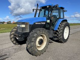 farm tractor New Holland TM 125 2002