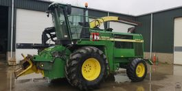 other forestry and groundcare machine John Deere 6850 2000