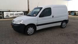 closed lcv Peugeot 2008