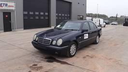 sedan car Mercedes-Benz E 220 CDI (AIRCONDITIONING / AUTOMATIC GEARBOX) 1998