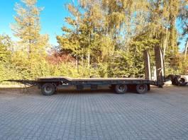 lowloader trailer Schwarzmüller T30/100 3 Achs Tiefladeranhänger 2000