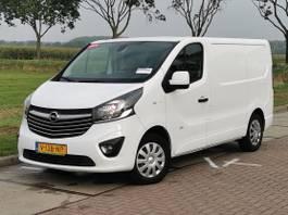 closed lcv Opel L1 H1 140PK 2015