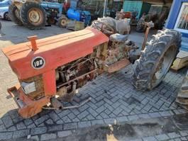 farm tractor Massey Ferguson 188 1985