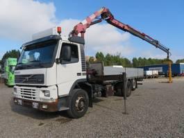crane truck Volvo FM7/290 6x2 Crane HMF 1463K3 2000