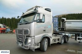 tipper truck Volvo FH 540 6x4 combi truck with hydraulics and box. Few 2012