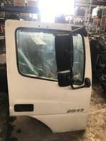 Cab part truck part Mercedes-Benz RECHTER PORTIER AXOR EURO 5