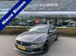 hatchback car Fiat 1.3 MultiJet 16v Popstar Nieuw door ons geleverd!! (Clim. control - Navi... 2017