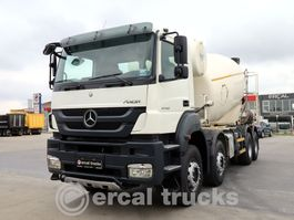 camião betoneira Mercedes-Benz 2012 AXOR 4140 8X4 CONCRETE MIXER 9 UNITS 2012