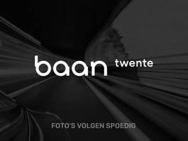sedan car Mercedes-Benz E 220 d Avantgarde Technology Automaat 2016