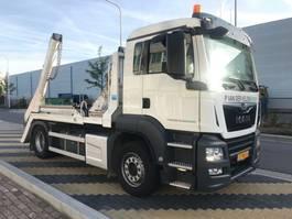 container truck MAN 4x2 BL Portaalarm 14 ton 2018