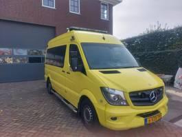 ambulance car Mercedes-Benz 319 EURO 6 Automaat 2014