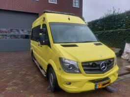 ambulance car Mercedes-Benz 319 Automaat Euro 6 2014