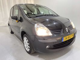 other passenger car Renault 1.2-16V Dynamique Luxe Airco 2005