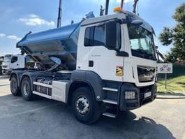 three way tipper truck MAN TGS 33 6x4 BORDMATIC - MANUAL ZF + RETARDER - 258.000km - EURO 6 2016