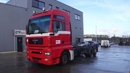 chassis cab truck MAN TGA 26 (MANUAL GEARBOX / 8 TIRES / 6X2 ) 2002